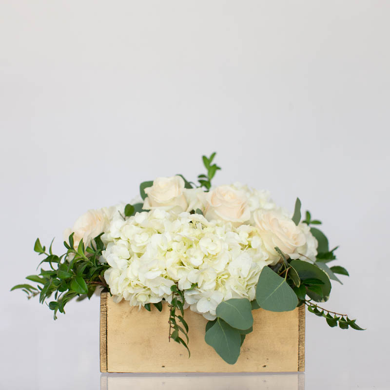 CLASSIC.FLORAL.COLLECTIONS.MODEST.WOOD.BOX.0022