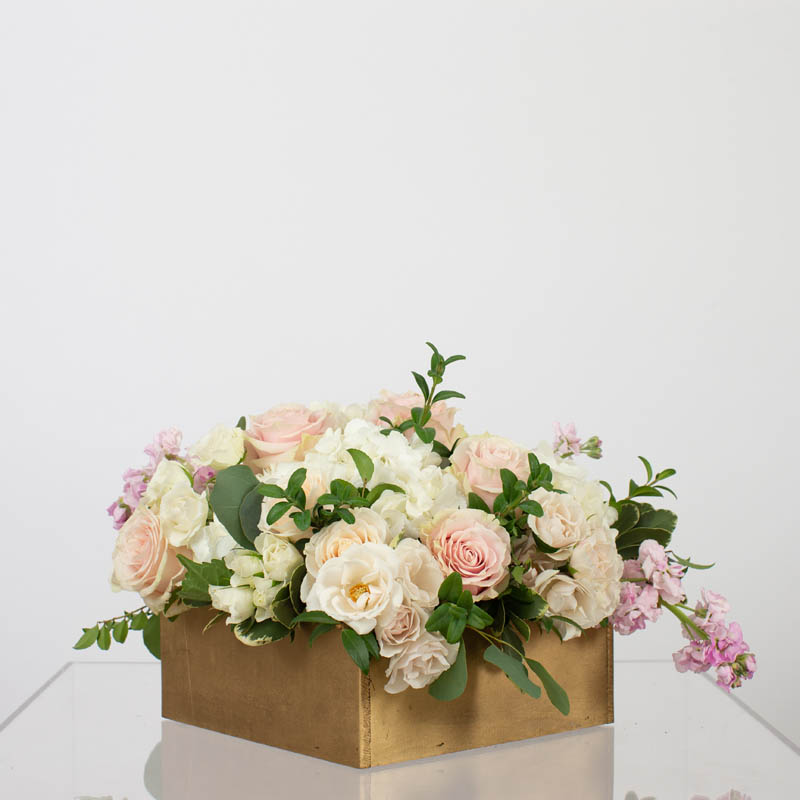 BLUSH&BASHFUL.FLORAL.COLLECTIONS.WOOD.BOX.LUX.0040
