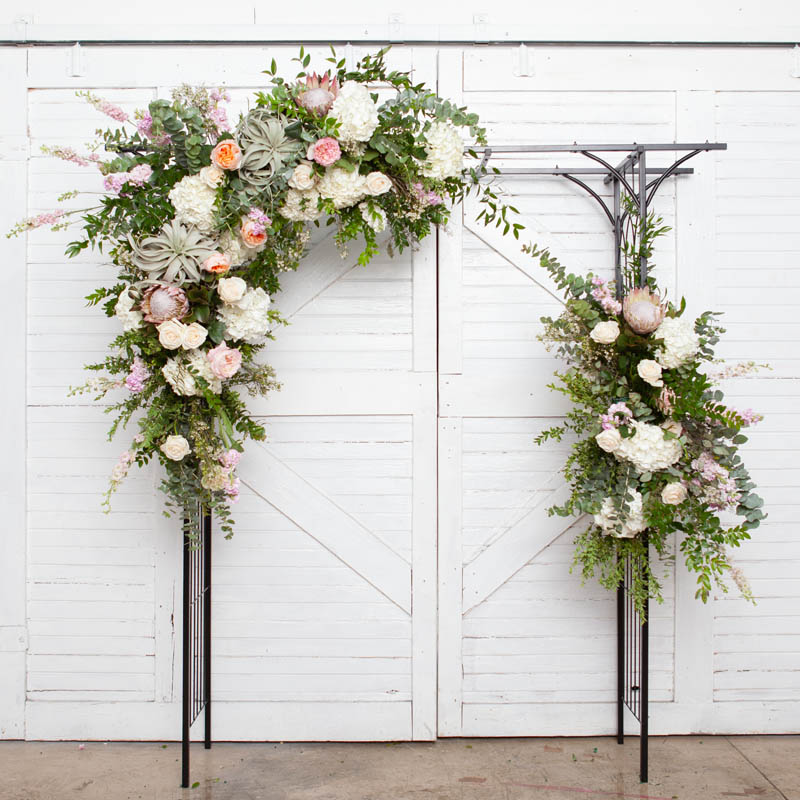 RUSTIC.GLAM.FLORAL.COLLECTIONS.ARCH.LUX.0191